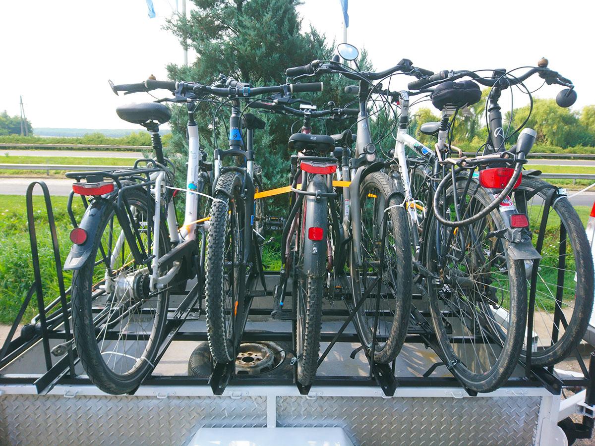 Fahrrad Transport Ungarn Budapest Osterreich Deutschland