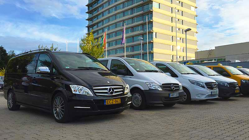 Minibus Transfer Service, Mercedes Transfer Service + English speaking driver