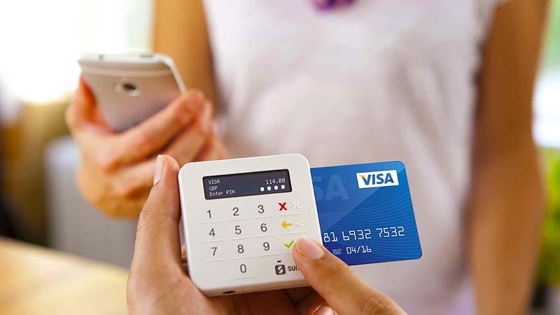 Siófok Taxi - bankkártyás fizetés lehetséges. Bármilyen bankkártyát, hitelkártyát képes kezelni a SUMUP telefonos aplikációnk. Amennyiben szüksége van a kártyás fizetés bizonylatára is, a rendszer automatikusan azonnal elküldi az Ön e-mail címére. Amennyibe ügyfele vagy vendége transzferét szeretné kártyával előre kifizetni, rendszerünk automatikusan díjbekérőt küld a megadott elérhetőségekre.