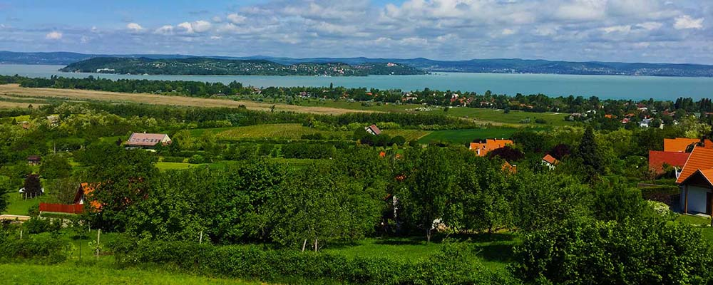 Zamárdi - Lake Balaton scenic tour